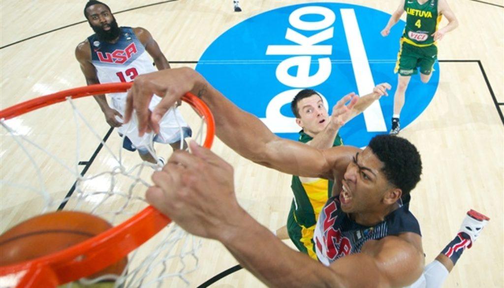 アメリカ リトアニア FIBA