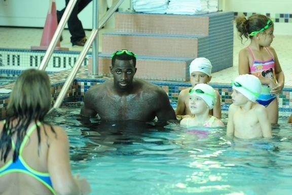 ブランドン・バス 水泳