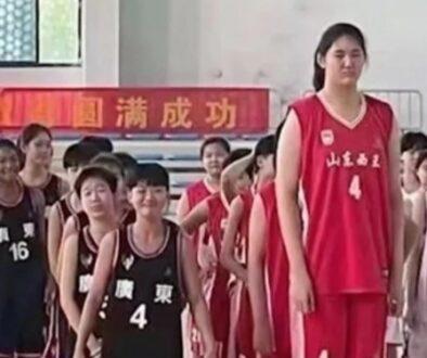中国 14歳少女
